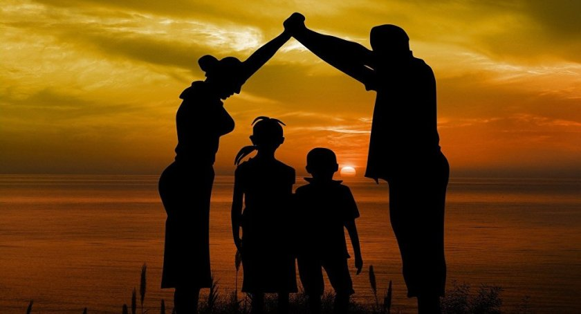 familie protectoare